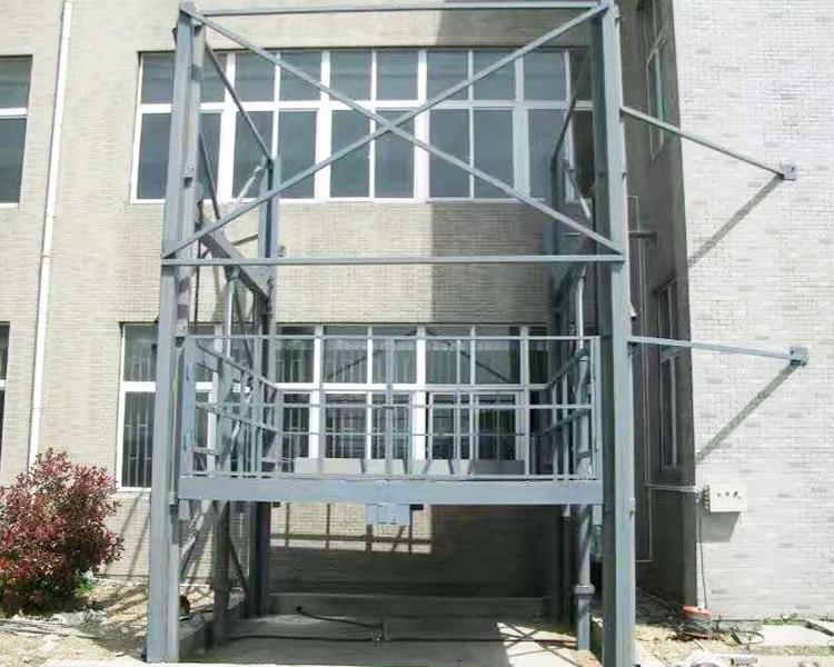 液压升降梯